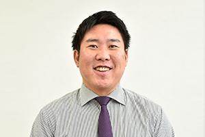 岸村さん 担任の先生